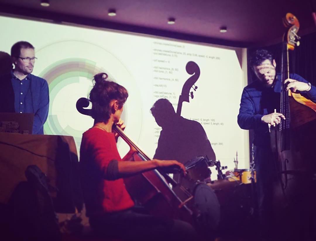 Feedback cellos